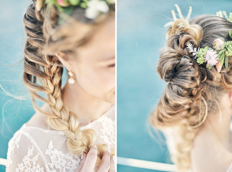 Détail chevelure de la mariée sur un voilier à Cassis