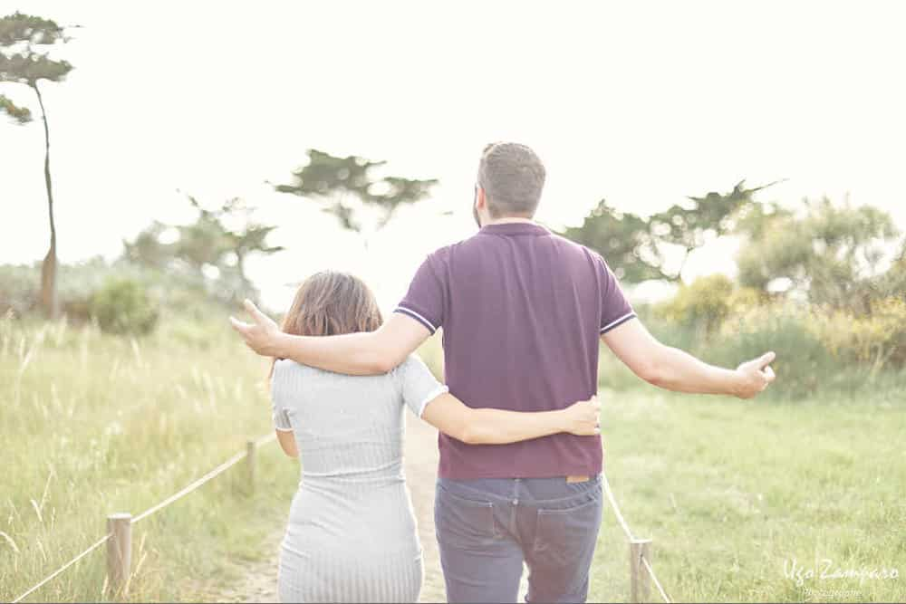 seance photo de couple au sud de la rochelle - photographe la rochelle ile de ré